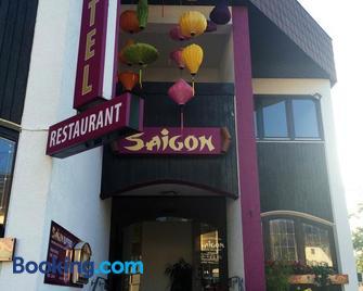 Saigon Hotel - Homburg - Building