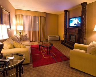 Salvatores Grand Hotel - Williamsville - Huiskamer
