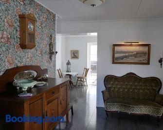 Villa utanför Örnsköldsvik, Höga Kusten - Örnsköldsvik - Living room