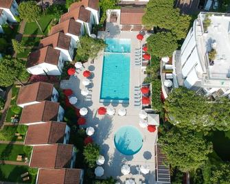 Union Lido Art & Park Hotel - Cavallino Treporti - Pool