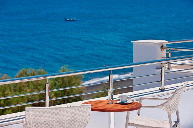 Alesahne Beach Hotel - Kamari - Balcon