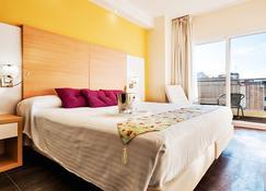 Hotel Fontana Plaza - Торревєха - Bedroom
