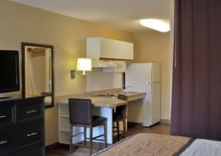 Extended Stay America Los Angeles - Torrance Del Amo Circle - Torrance - Makuuhuone