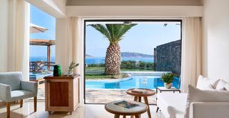 St. Nicolas Bay Resort Hotel & Villas - אגיוס ניקולאוס (כרתים) - בניין