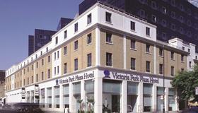 파크 플라자 빅토리아 런던 - 런던 - 건물