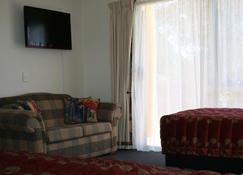 Greens Motel - Nelson - Living room