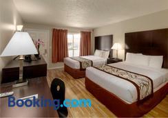 Thunderbird Lodge - Redding - Bedroom