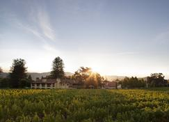 Napa Valley Lodge - Yountville - Outdoors view