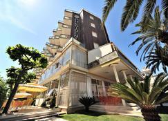 Hotel President - Alba Adriatica - Building