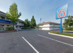 Motel 6 Weed - Mount Shasta - Weed - Edificio