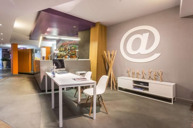 Best Western Plus Executive Hotel And Suites - Turin - Bar