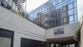 Best Western Plus Executive Hotel And Suites - Turin - Building