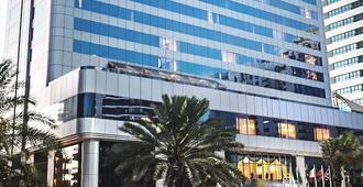 Corniche Hotel Abu Dhabi - Abu Dabi - Edificio
