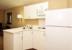 Extended Stay America Los Angeles - Long Beach Airport - Long Beach - Kitchen
