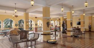 Country Inn & Suites By Radisson, Goa Candolim - Panaji - Lobby