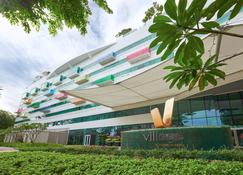 Village Hotel Changi by Far East Hospitality (SG Clean) - Singapore - Building