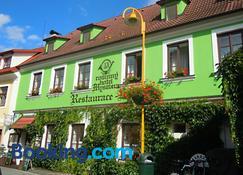 Hotel Myslivna - Třeboň - Building