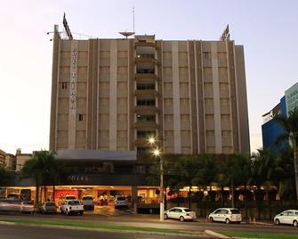 Hotel Taiamã - Cuiabá - Building