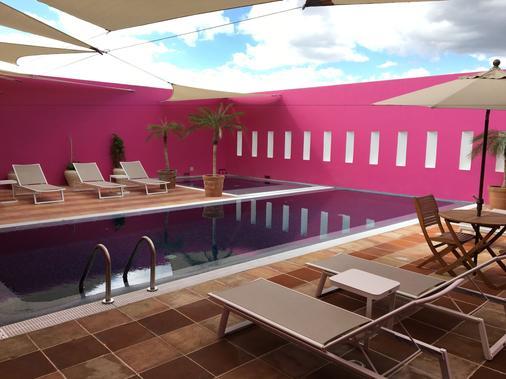 Hotel Boutique Casareyna - Puebla City - Pool