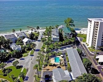 Gulf Holiday by Beachside Management - Siesta Key - Outdoors view