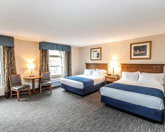 SureStay Plus Hotel by Best Western Elizabethtown Hershey - Elizabethtown - Спальня