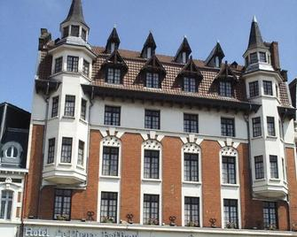 Le Vieux Beffroi - Béthune - Building