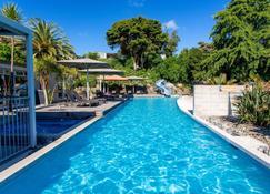 Waihi Beach Top 10 Holiday Resort - וואיהי ביץ' - בריכה