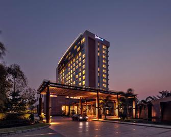 Radisson Blu Hotel Guwahati - Guwahati - Budova