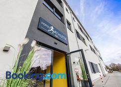Hotel Athletik Kiel - Altenholz - Bangunan
