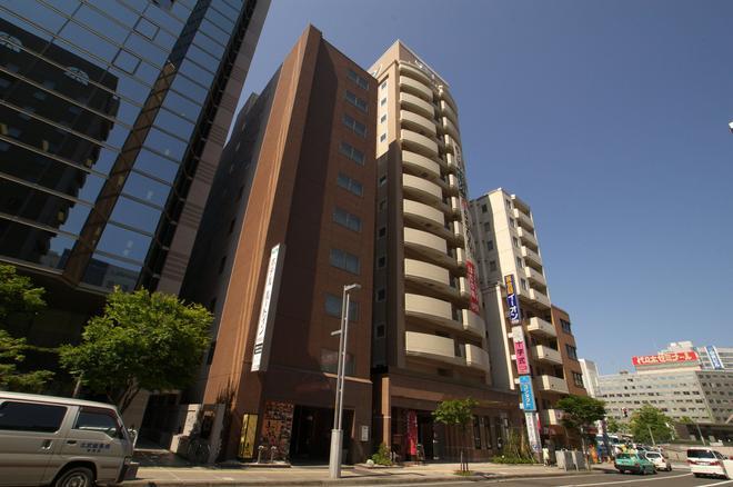 Hotel Route-Inn Sapporo Ekimae Kitaguchi - Sapporo - Bâtiment
