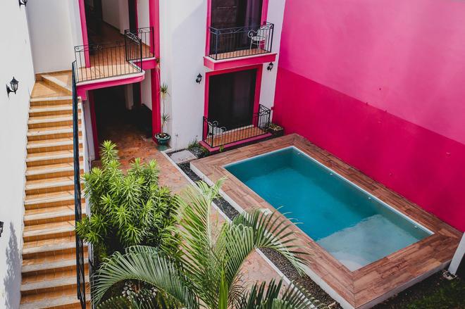 Hotel Gran Centenario - Mérida - Piscina
