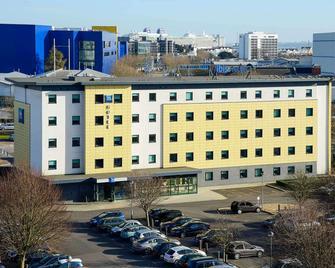 ibis budget Southampton Centre - Southampton - Building