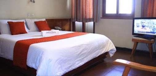 Hotel Ambassadeur - Nairobi - Bedroom