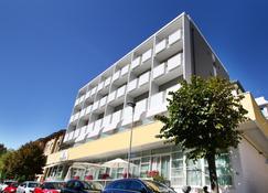 Hotel Boom - Rimini - Edificio