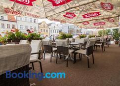 Hotel Sokolsky Dum - Domažlice - Edificio