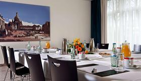 Wyndham Garden Dresden - Dresden - Sala de jantar
