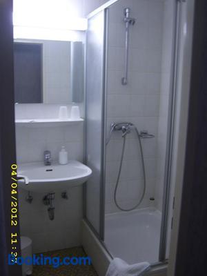 Pension Und Gaststatte Schlosselmuhle - Jöhstadt - Bathroom