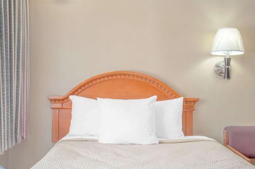 Days Inn by Wyndham, Elko - Elko - Bedroom