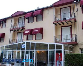 Hostal Pancorbo - Pancorbo - Building