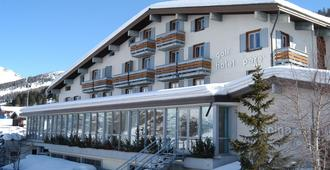 Hotel Parè - ליביניו - בניין