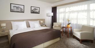 Spa & Kur Hotel Harvey - פרנטישקובי לאזנה - חדר שינה