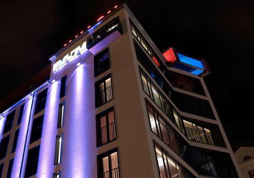 Avalon Hotel En 11 007 2