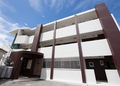 Anjuur - Okinawa - Building