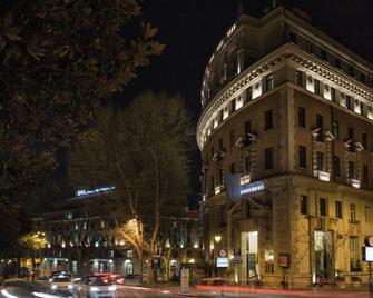 그랜드 호텔 팰리스 롬 - 로마 - 건물