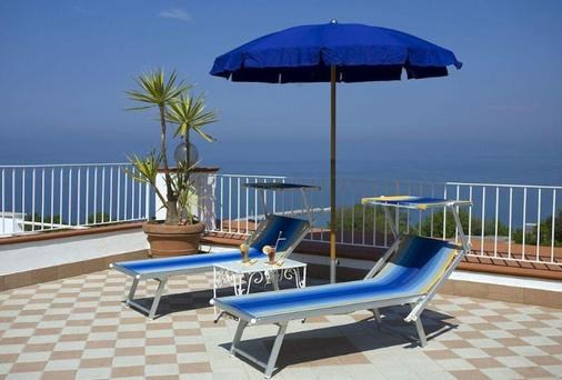 Hotel Villa D'Orta - Casamicciola Terme - Balcony