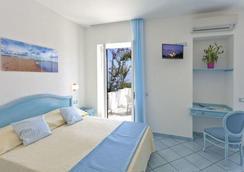 Hotel Villa D'Orta - Casamicciola Terme - Bedroom
