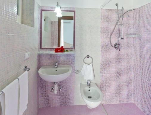 Hotel Villa D'Orta - Casamicciola Terme - Bathroom