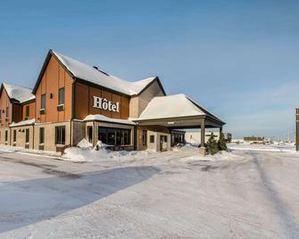 Econo Lodge Inn & Suites - Saint-Apollinaire - Gebouw