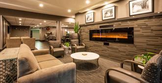 Best Western Plus Spokane North - Spokane - Sala de estar