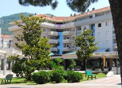 Hotel Magnolija - Tivat - Edificio